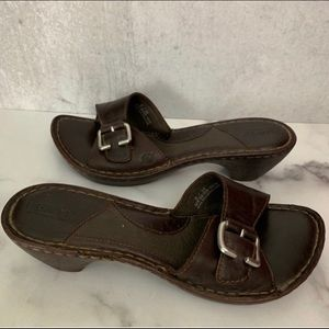 Born Brown Leather Slip On Wood Sole Z2 0393